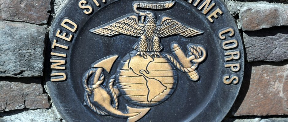 united states marine corps insignia and plaque